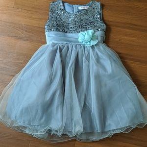 Other - Little girls gray flower girl dress